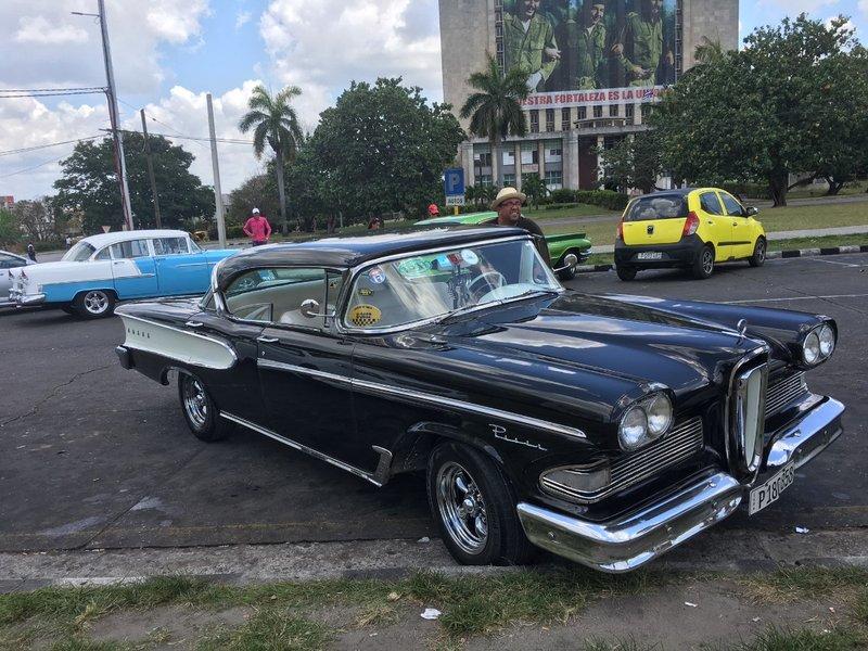 large_1958_-_Ford_Edsel_-_1.jpg