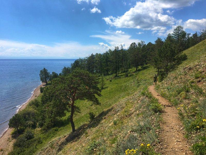 large_Lake_Baikal_-_walk.jpg