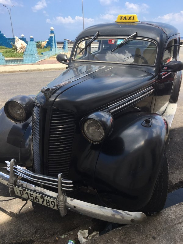large_Old_Car_-_Playa_Giron.jpg