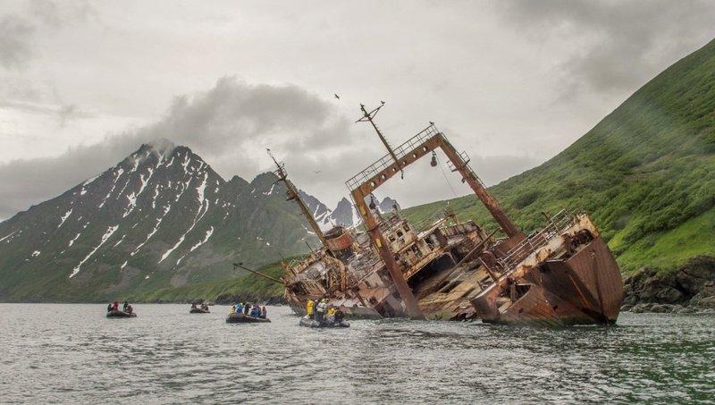large_Old_Whaling_Ship.jpg