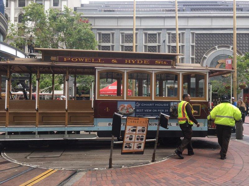 large_San_Francisco_tram.jpg