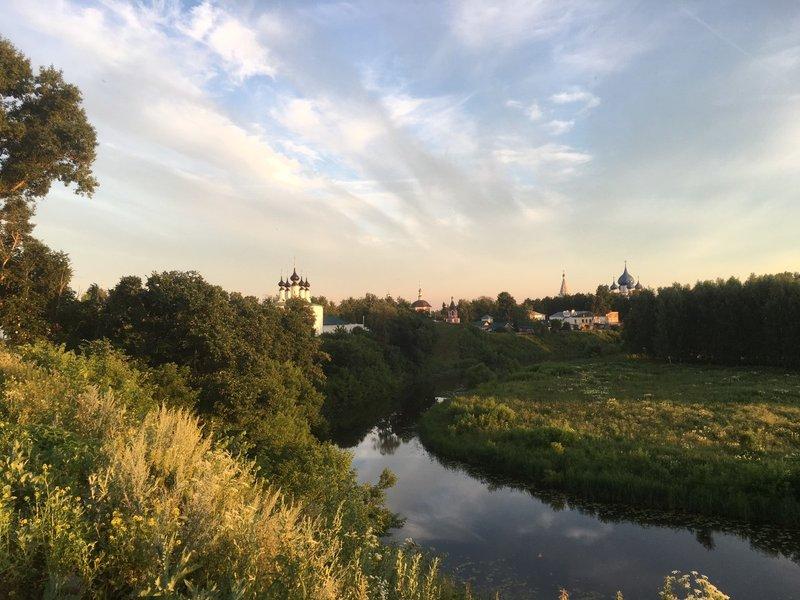 large_Suzdal_at_sunset_1.jpg
