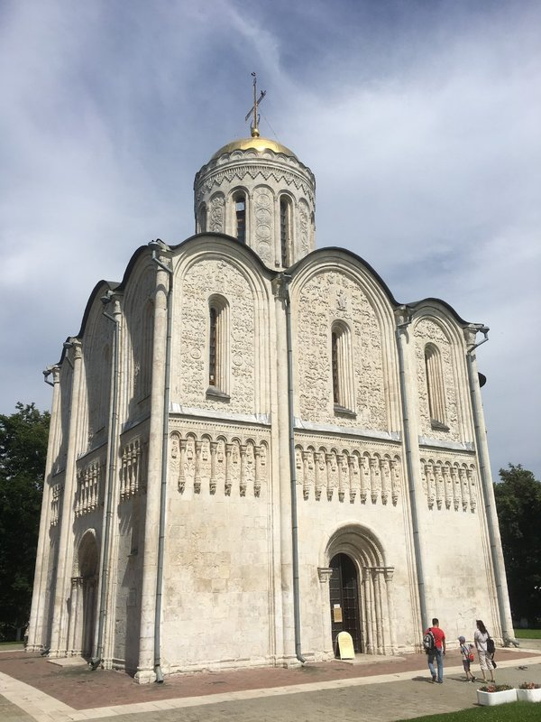 large_Vladimir_-..f_St_Dmitry.jpg