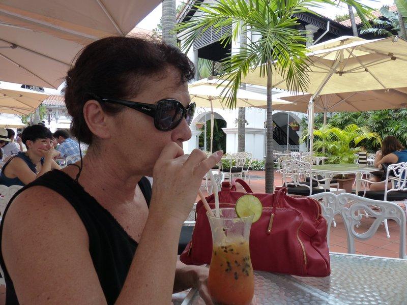 sling au Raffles