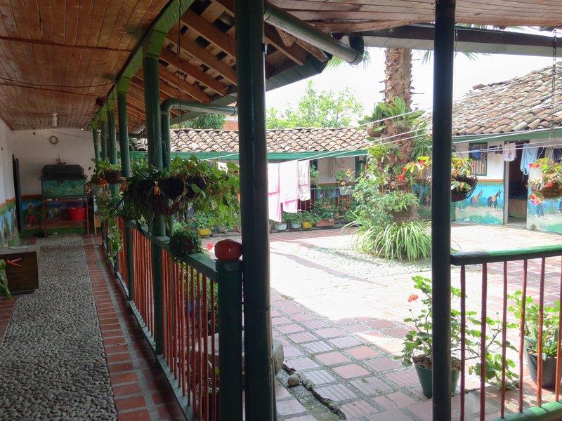 À l'intérieur de la plus ancienne maison de Guatapé