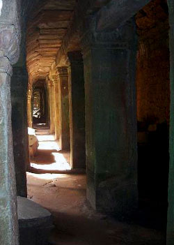 Temple of Bayon, secret alley