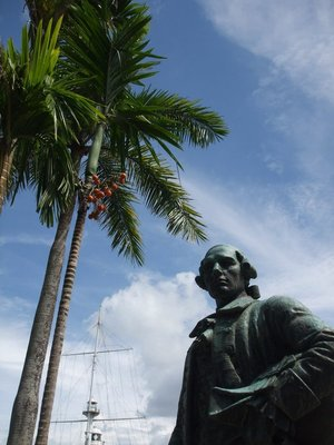 George Town - Francis Light statue