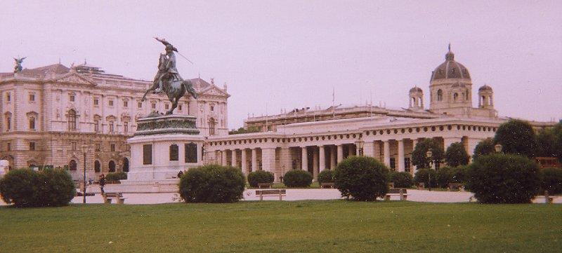 Vienna, Hofburg / Heldenplatz