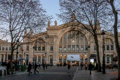 Gare_du_Nord-8.jpg