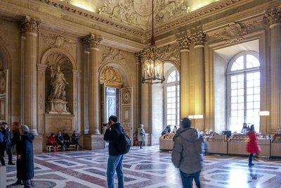 Inside_Ver..es_Palace-5.jpg