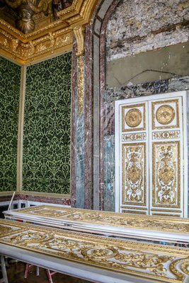 Inside_Ver..s_Palace-12.jpg