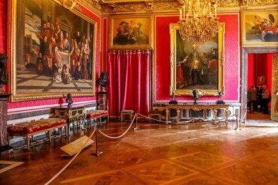 Inside_Ver..s_Palace-17.jpg