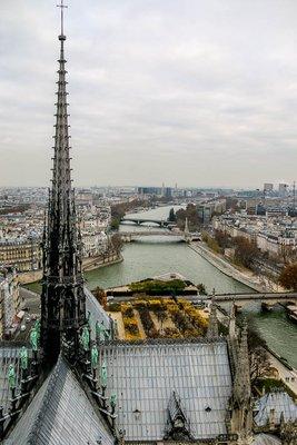 Notre_Dame_Gargoyles-30.jpg