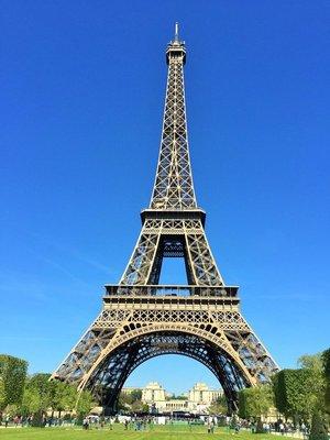 Eiffel_Tower4.jpg