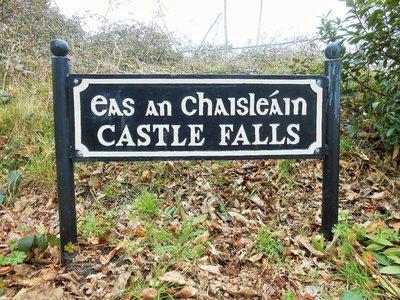 Killarney_street_sign2.jpg