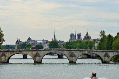 Paris_cruise_5.jpg