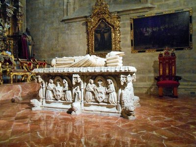Seville_Cathedral_2.jpg