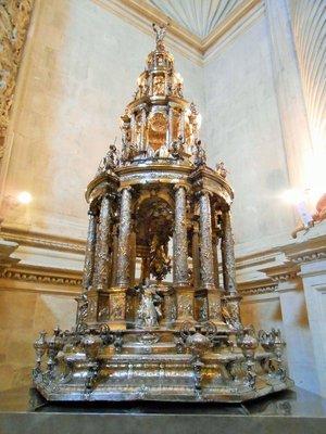 Seville_Cathedral_8.jpg