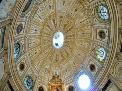 Seville_Cathedral_9.jpg