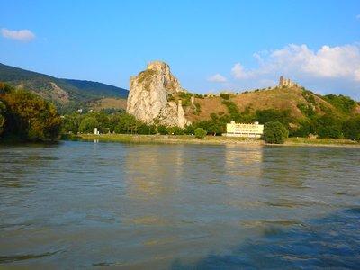 Burg Devin an der Mündung der March in die Donau