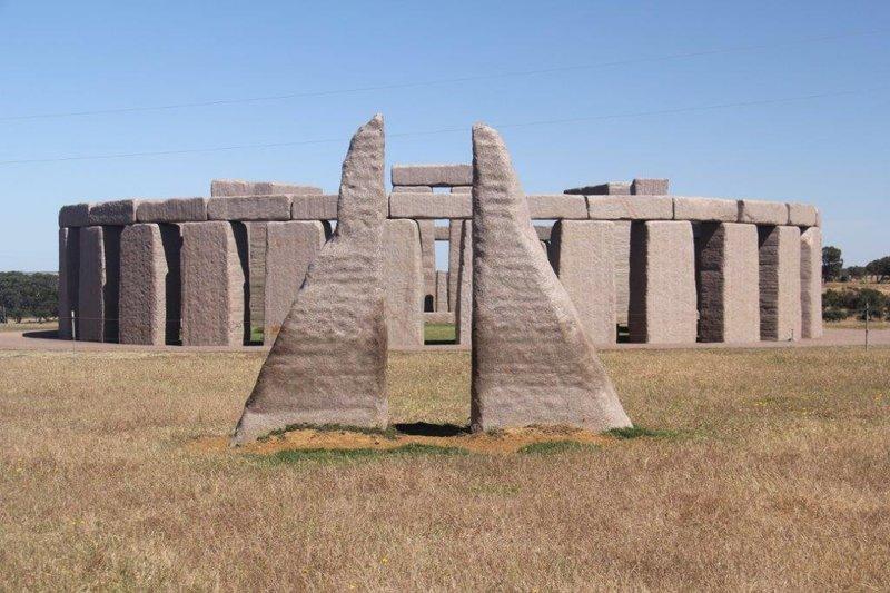 Esperance Stonehenge (2)