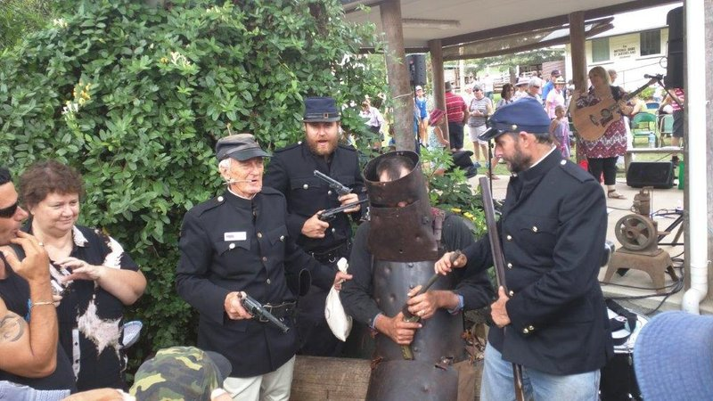 Highfields Ned Kelly capture re-enactment