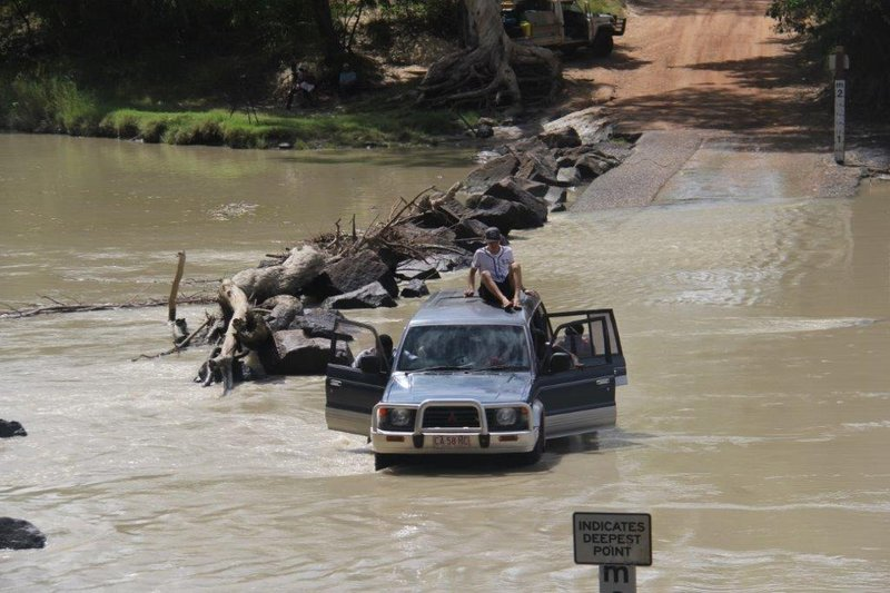 Not good for car to die with large croc 15m away