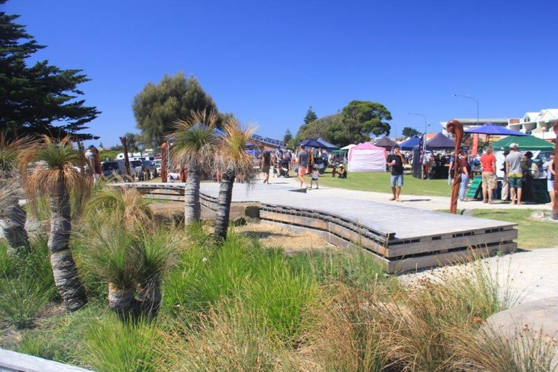 Saturday markets at Apollo Bay