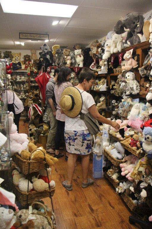 Teddy shop in Mall