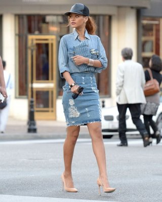 22 Fabulous Ways to Rock your Jeans