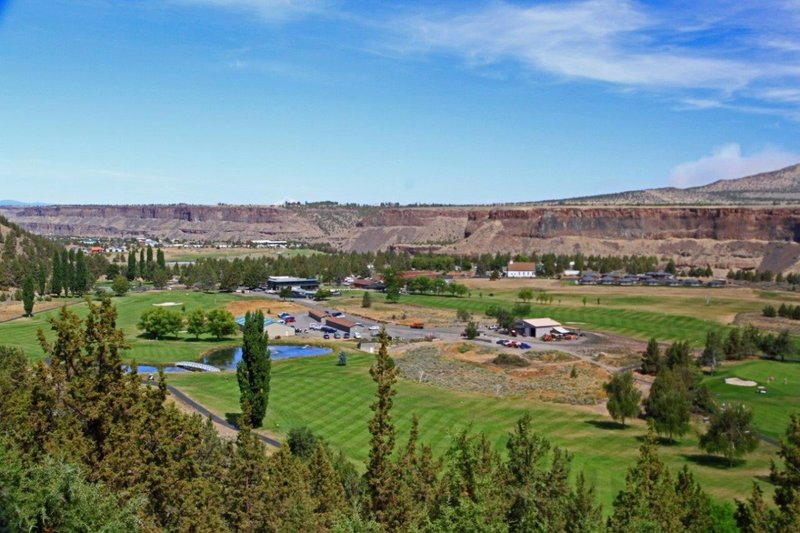 large_Crooked_River_Ranch_019A.jpg
