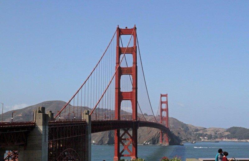 large_San_Fransi.._bridge_use.jpg