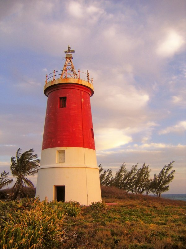Gun Cay Lighthouse