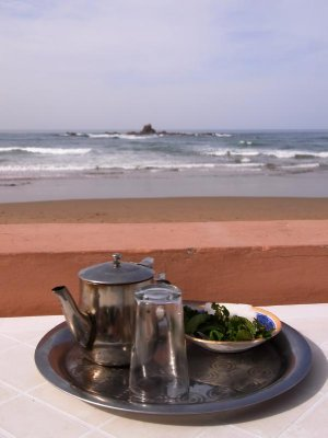 Sidi Ifni - beach and tea 2011