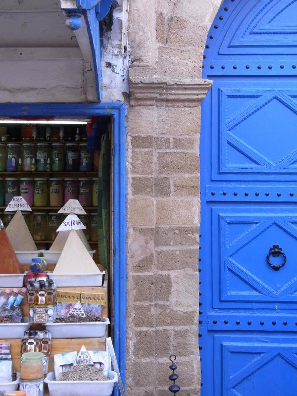 Essaouira - spicery shop and door 2011