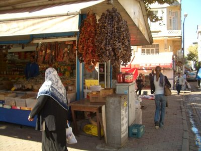 Istanbul 2007 - market in Fatih