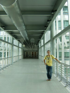 Steve on the Petronas Skybridge