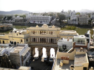Udaipur_-_..r_Ghat_.jpg