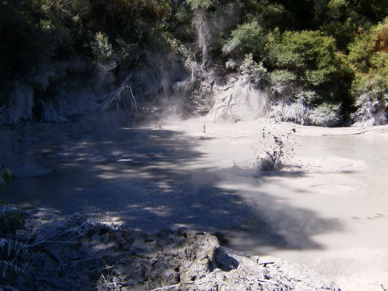 Smelly sulphur - bubbling mud!