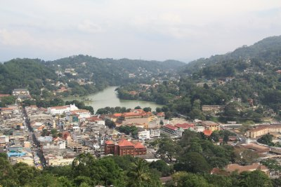 Kandy_View..anda_Buddha.jpg