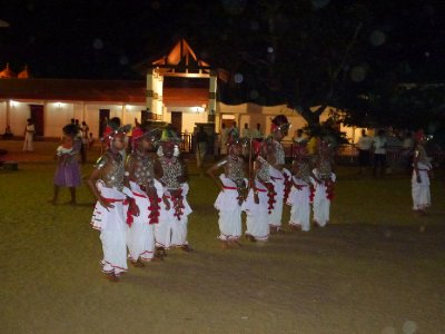 Kataragama..e_Dancers_2.jpg