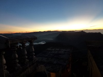 Sri_Pada_Summit_Sunrise_2.jpg