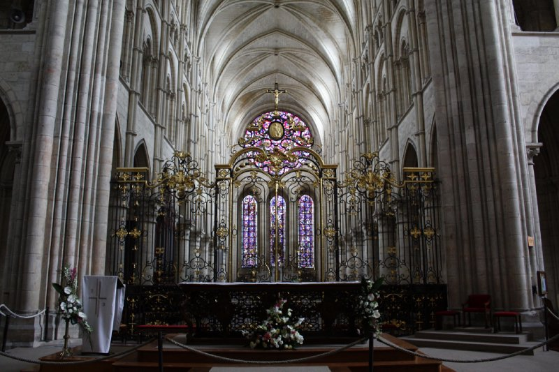 large_Interior_o..thedral.jpg