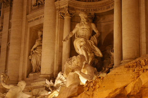 Neptune sculpture atTrevi Fountain