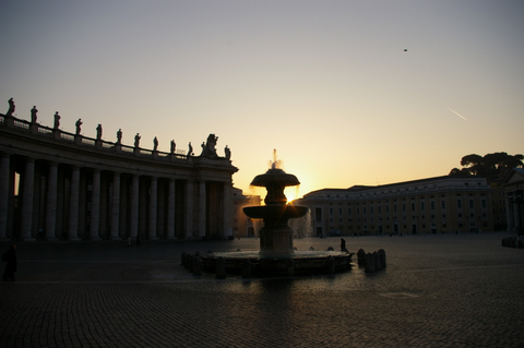 Sunrise at Piazza San Pietro