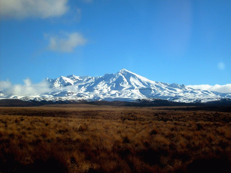 large_Mt_Ruapehu__NZ.jpg