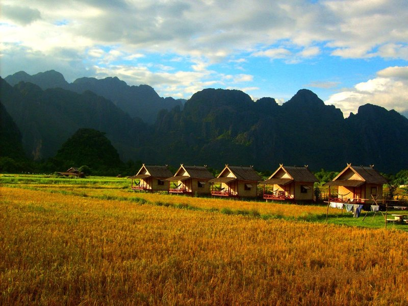 large_Vang_Vieng__Laos.jpg