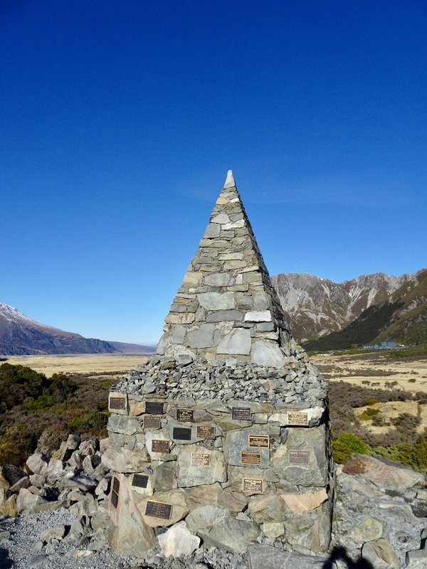 This memorial has the names of those who have perished in the Aoraki/Mt Cook NP.