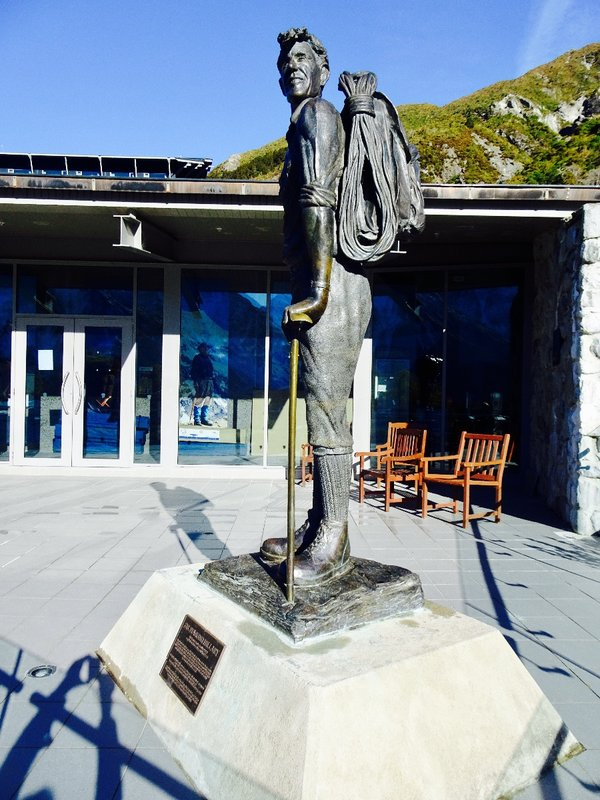 This Sir Edmund Hillary statue is in front of the Sir Edmund Hillary Alpine Center at Mt Cook Village. Sir Edmund Hillary's first great mountaineering achievement was climbing the south face of Mt Cook. The slopes here were the training ground for his climb of Mt Everest and his Antarctic expeditions. The center opened in Jan of 2008, just 3 weeks before his death.