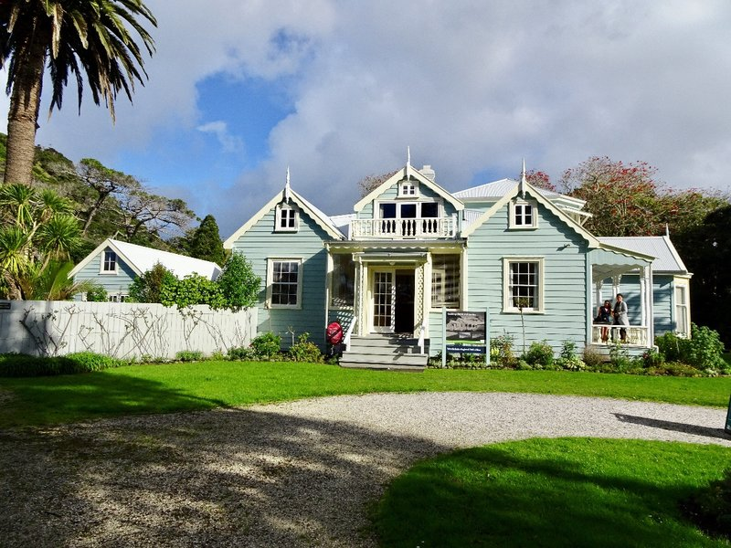 Couldrey House is a historic Victorian-Edwardian family home along the Hibiscus Coast.